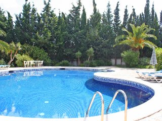 Villa with private pool walking distance to the amenities