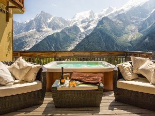 Chalet Serena, Sleeps 14, Les Houches
