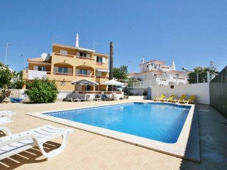 Casa Caseiro - 5 Bedroom Detached Villa With Pool