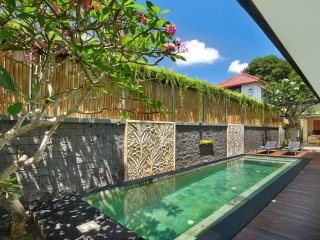 Faboulus Villa Three Bedroom with Private Pool, Legian