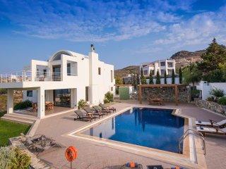 Elegance Seaview Villa in Agia Pelagia, Heraklion