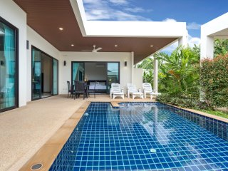 New tropical 3 Bed Pool Villa (NC-V2), Nai Harn
