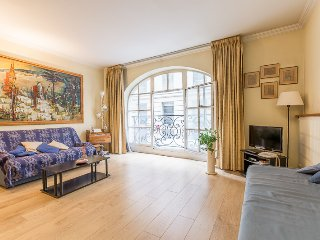 Apartment in the center of Paris -Opéra-Pyramides
