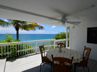 Spectacular views - private 1 bedroom apt, Charlotte Amalie