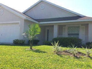 4 bdrm 3 bath Pool Home Near Disney World, Games