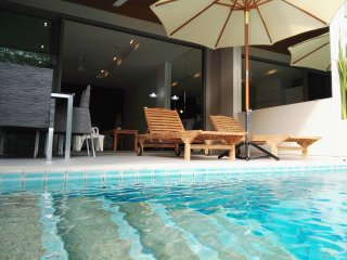 Fantastic Beachfront Pool Access, Pattaya