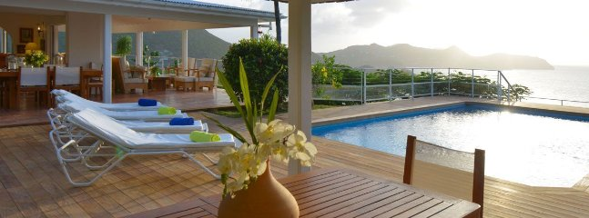 Caret - Ideal for Couples and Families, Beautiful Pool and Beach