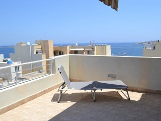Starfish Penthouse, Seaview terrace, Top location., San Pawl il-Baħar (St. Paul's Bay)