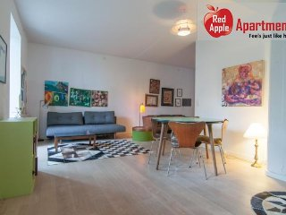 Modern Apartment with a Terrace Close to City Center - 4958, Copenhagen
