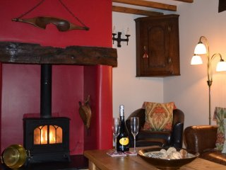 Siabod Luxury Cottage,  Betws-y-Coed, Snowdonia, Conwy, N Wales with 2 En-suite