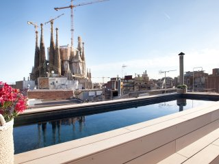 Enjoybcn Gaudi Apartments- Design and Comfort Sagrada Familia 11