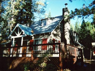 Charming Lake Tahoe Cabin, Carnelian Bay