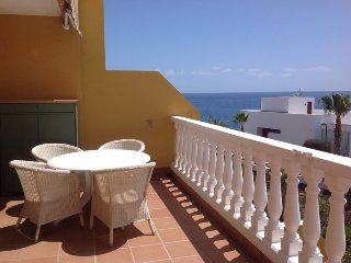 Secure Executive Apt/OceanView/Close to all amenities/Minutes walk to the beach.