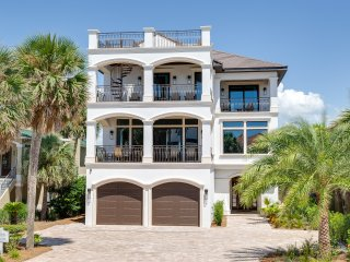 New lakefront home, Destin