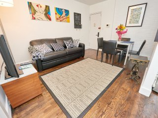 Cute 2 bed in the Heart of East Village
