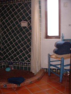 Baño de habitación para 3 personas
