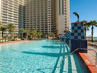Fall Specials~Gulf Front Corner Unit w/ Balcony~Resort Luxury-Great Ameneties, Panama City Beach