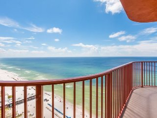 enjoy BIG concert on 1/26 with Great Amenities, Pools, Hot Tubs +more!, Panama City Beach