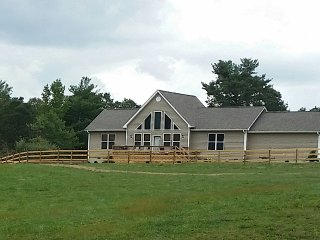 Brand NEW Mountain Retreat, Hendersonville