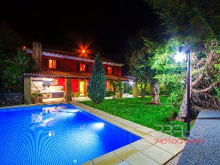 Luxury Villa with swimming pool and BBQ