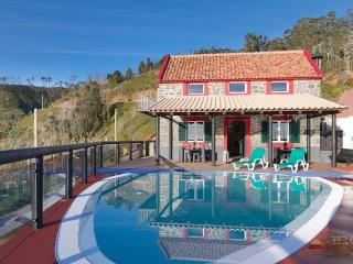Angels Inn Paradise 2. Amazing view. Swimming pool, Faja da Ovelha