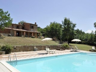 Villa Guilitta holiday vacation villa rental italy, tuscany, near siena, large