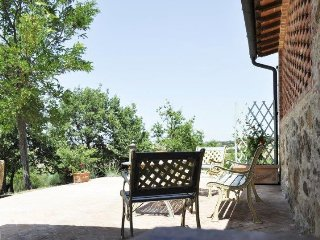 Villa Guilitta holiday vacation villa rental italy, tuscany, near siena, large villa, pool, view, wi-fi, short term long term furnished, San Quirico d'Orcia