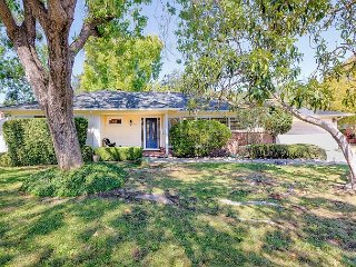 Updated & Sunny Sonoma 1950's Ranch – 2BR,2BA – Near Santa Rosa and
