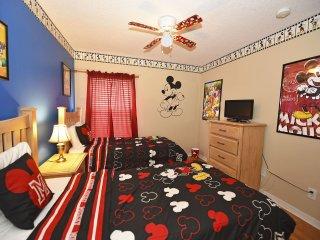 Aviana Pool Villa Luxury Home in Gated Resort, Davenport