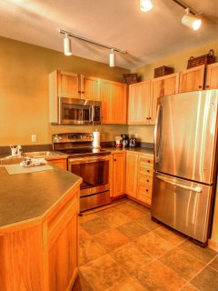 Kitchen - The kitchen is fully stocked with everything you'll need, even for the preparation of a large meal.