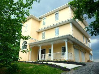 LUXURY--Potomac Waterfront 1 hr from Washington DC, Montross