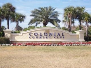 Colonial Country Club Luxury Condo, Fort Myers