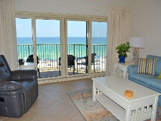 Gorgeous Gulf views~FREE WIFI~Private Resort w/activities for the family!