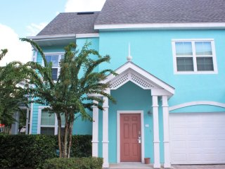 Runaway Beach - 1 Bd Villa (RW17104)