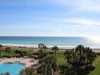 Top Floor Mediterranea Condo with Incredible Gulf View & Free Beach Service!