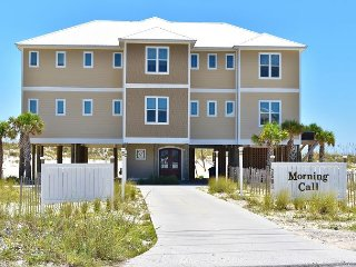 Morning Call Beachfront Private Pool, Elevator, Sorry, No College Groups, Gulf Shores