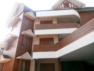 Erackath Luxury 3 Bedroom Apartment behind Oberon Mall, Ernakulam