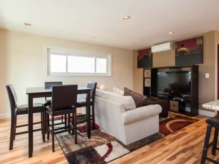 Furnished 2-Bedroom Condo at San Tomas Expy & Payne Ave San Jose