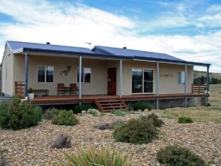 Frost Creek Lodge - Rural Sanctuary, Jindabyne