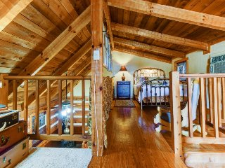 Relax in a whirlpool tub with this old-fashioned cabin featuring modern comfort!, Luckenbach