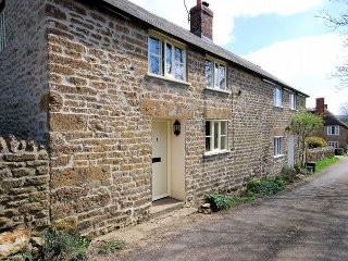 MARQU Cottage in West Bay, West Bexington