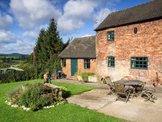 PK585 Cottage in Fenny Bentley, Hognaston