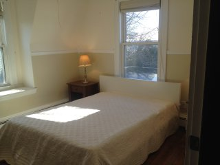 Large,bright,furnished Private Room in Quincy
