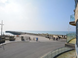 PEBBA Apartment in West Bay, Wootton Fitzpaine