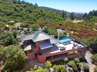 A View from the Top, Sleeps 8, Glen Ellen