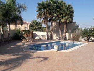 Tastefully furnished 3 Bed (all en-suite) Villa wi