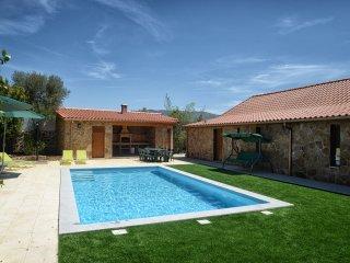 Casa de Vacaciones para 31 personas con piscina privada