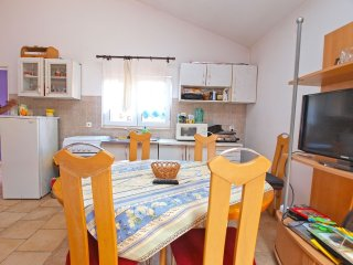 Apartment 10468