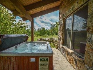 Elegant 4 Bedroom Mountain home w/ Hot Tub in prestigious gated community!