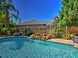 5BR Elk Grove House w/Private Pool